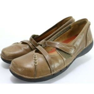 Clarks Unstructured Women's Flat Shoes Size 9.5